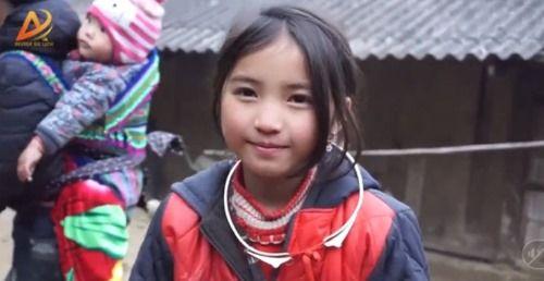 Dân mạng tan chảy trước gương mặt đẹp hút hồn của cô bé người H'Mông - Ảnh 6