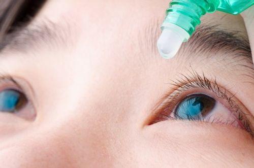 Phát hiện thuốc nhỏ mắt mới có thể khiến người mắc tật khúc xạ không phải đeo kính - Ảnh 1