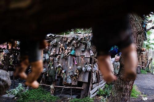 Du khách kéo nhau tới Mexico để xem đảo Búp bê rùng rợn như Annabelle - Ảnh 1