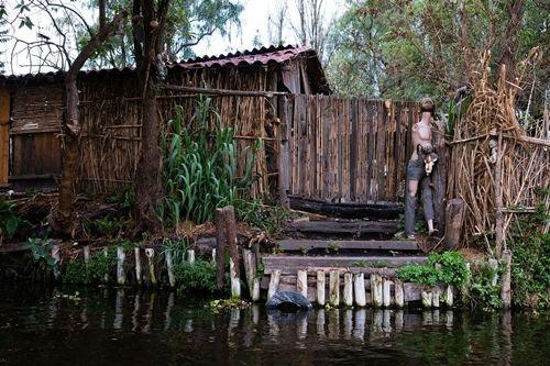 Du khách kéo nhau tới Mexico để xem đảo Búp bê rùng rợn như Annabelle - Ảnh 10