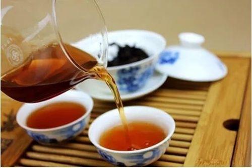 Phẫu thuật sỏi thận 4 lần trong 2 năm chỉ vì thói quen uồng trà xanh sai thời điểm - Ảnh 2