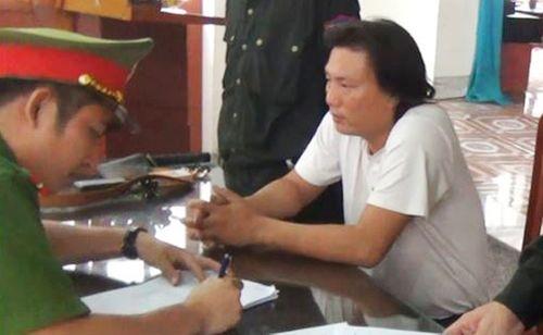 Hà Tĩnh: Bắt tài xế 2 lần lái ô tô chở gạch tông CSGT - Ảnh 1