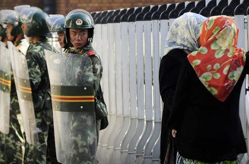 Truyền thông Trung Quốc: Phương Tây là thủ phạm gây ra sự rối loạn ở Tân Cương - Ảnh 1
