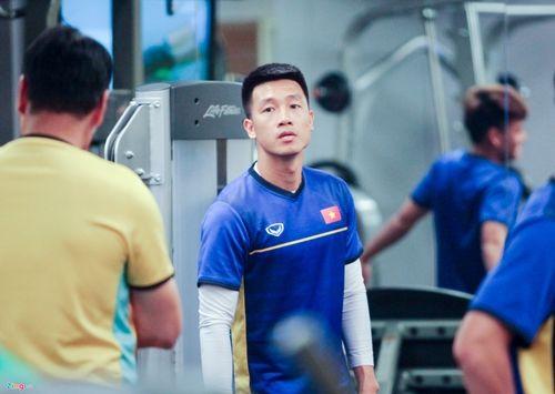 Quyết tâm chiến thắng Yemen, các cầu thủ tuyển Việt Nam miệt mài tập gym - Ảnh 4