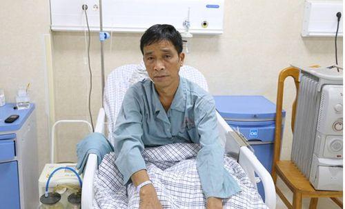 Bệnh nhân may mắn phát hiện bệnh ung thư phổi nhờ đi khám ho khan - Ảnh 1