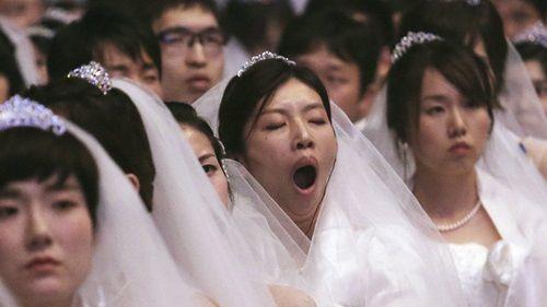 """Người Hàn Quốc lo sợ """"tuyệt chủng tự nhiên"""" vì thanh niên không chịu hẹn hò - Ảnh 1"""