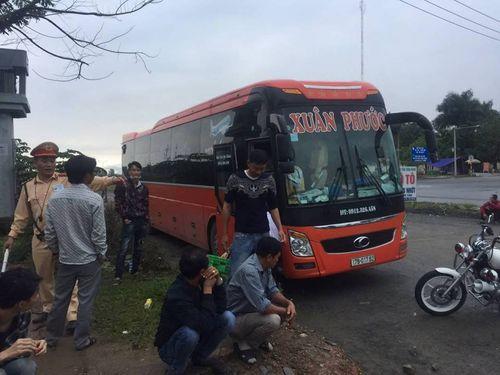 Tài xế xe khách say rượu chở quá số người quy định tại Đà Nẵng - Ảnh 1