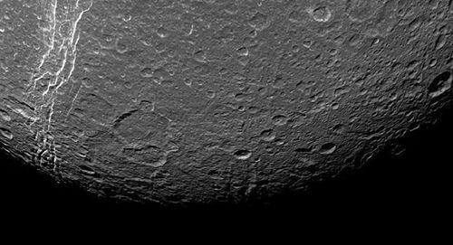 Cơ quan Vũ trụ châu Âu bắt tay kiến tạo căn cứ trên Mặt trăng - Ảnh 1