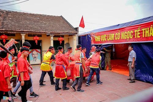 Làng Ném Thượng vẫn tổ chức nghi lễ chém lợn năm Kỷ Hợi 2019 dù kín đáo hơn - Ảnh 4