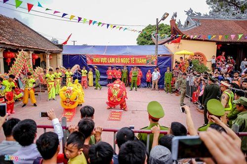 Làng Ném Thượng vẫn tổ chức nghi lễ chém lợn năm Kỷ Hợi 2019 dù kín đáo hơn - Ảnh 5