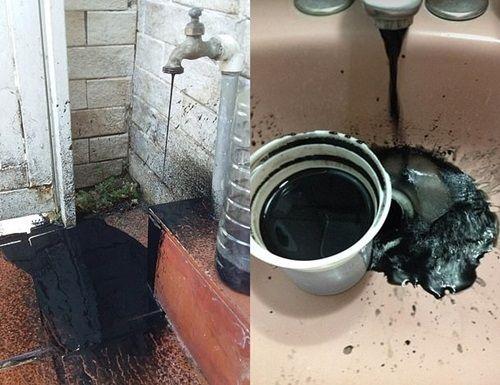 Venezuela: Nước máy biến thành dầu thô đen kịt - Ảnh 2