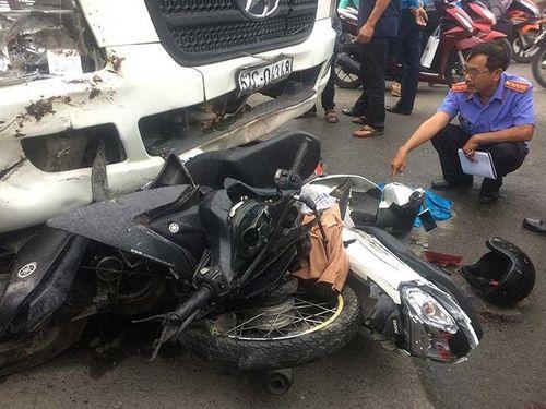 """""""Nhức nhối"""" số người tử vong vì tai nạn giao thông năm 2018 tại TP. Hồ Chí Minh - Ảnh 2"""