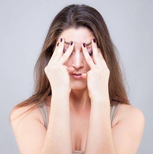 9 bài tập cơ khiến gương mặt của bạn trở nên thon thả, trẻ hóa làn da đẩy lùi nếp nhăn - Ảnh 9