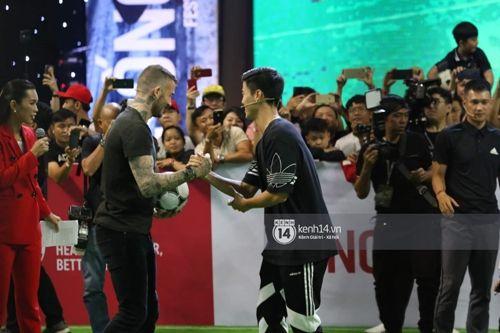 David Beckham thi đấu tâng bóng cùng với Công Vinh, Duy Mạnh tại TP.HCM - Ảnh 5