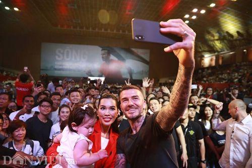 David Beckham thi đấu tâng bóng cùng với Công Vinh, Duy Mạnh tại TP.HCM - Ảnh 8