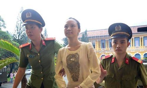 Mẹ Hoa hậu Phương Nga kiến nghị thay đổi cơ quan điều tra  - Ảnh 1