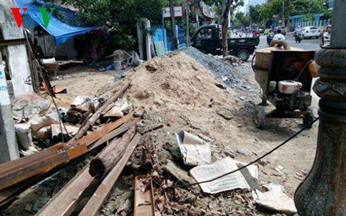 Đà Nẵng: Trái khoáy đào đường giữa mùa mưa - Ảnh 3