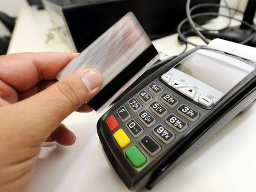 TP. HCM: Du khách mất gần 700 triệu khi quẹt thẻ ở nhà hàng - Ảnh 1