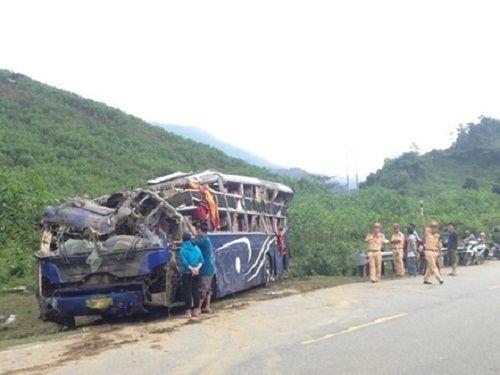 Hỗ trợ các nạn nhân trong vụ xe khách gặp nạn ở Quảng Nam - Ảnh 1