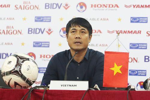 Tin bóng đá VN 14/11: Hữu Thắng nói về quyết định loại 5 tuyển thủ - Ảnh 1