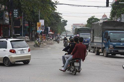 CSGT ra quân xử phạt,  người vi phạm hoảng hốt tháo chạy - Ảnh 7