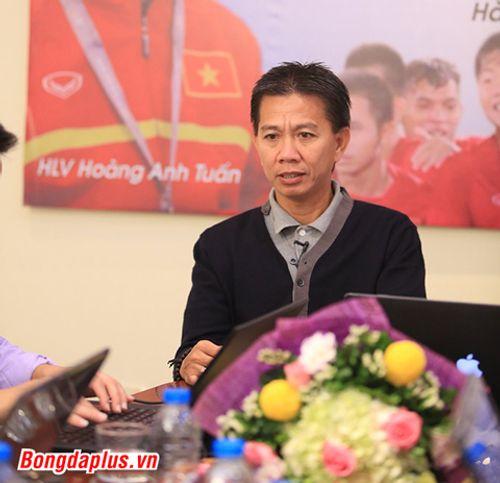 Điểm tin chiều 2/11: HLV Hoàng Anh Tuấn muốn dẫn dắt 1 CLB nước ngoài - Ảnh 1