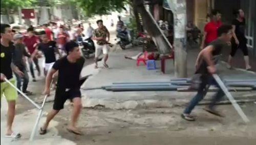 15 tên côn đồ truy sát người ở Phú Thọ sắp hầu tòa - Ảnh 1