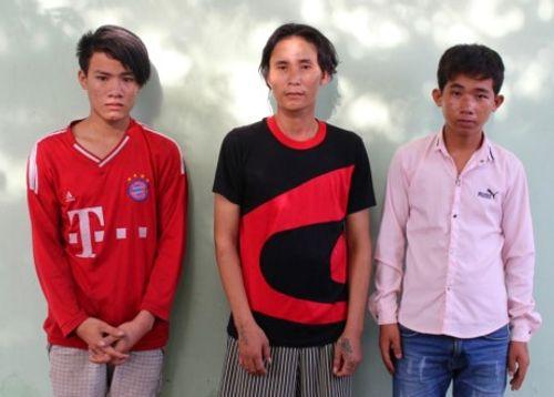 3 thanh niên khống chế chồng, hiếp dâm vợ, cướp 6.000 đồng - Ảnh 1
