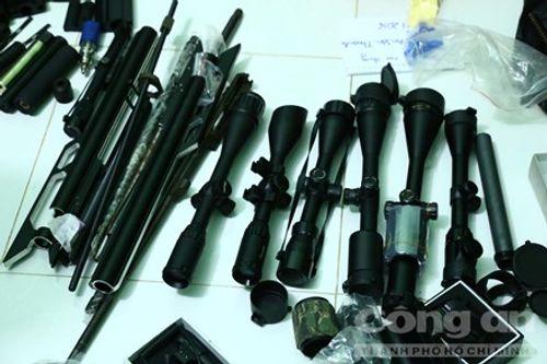 Bình Dương: Lại phát hiện súng đạn, thuốc nổ tại nhà dân - Ảnh 1