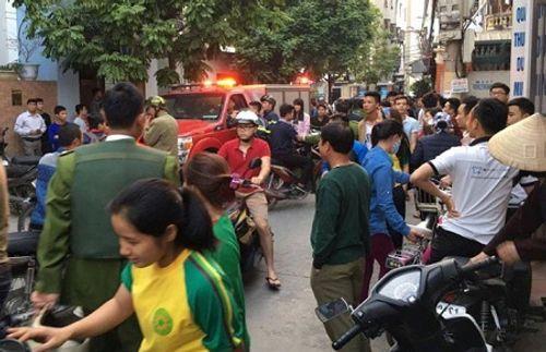 Thanh niên 5 tiền án đập phá nghĩa trang, chém cảnh sát bị thương - Ảnh 1