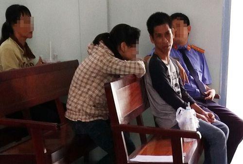 Lời hứa hôn sau phiên xử anh xe ôm 'hại đời' thiếu nữ - Ảnh 1