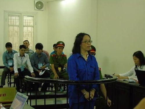 Huỳnh Thị Huyền Như lại ra tòa trong vụ chiếm đoạt 670 tỷ của ACB - Ảnh 1