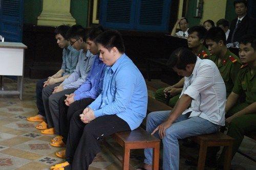 CSGT gọi giang hồ đánh chết người lãnh 12 năm tù - Ảnh 2