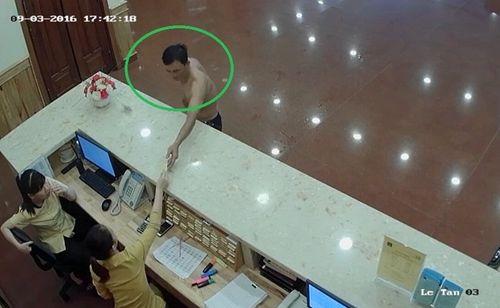 """Khách du lịch """"tố"""" mất hàng trăm triệu tại khách sạn ba sao ở Đà Nẵng - Ảnh 1"""