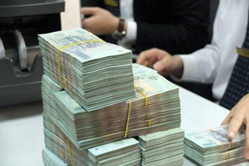 Hai cán bộ huyện câu kết chiếm đoạt tiền tỷ  - Ảnh 1