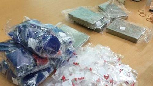 Bắt nhóm đối tượng vận chuyển 8 bánh heroin - Ảnh 1