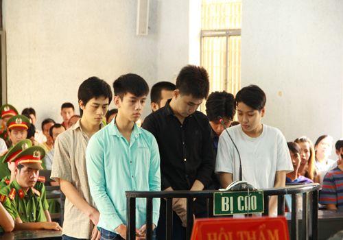 Nhóm côn đồ chém chết 2 cha con lãnh 36 năm tù giam - Ảnh 1