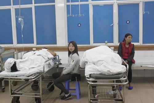 Đón tết lặng lẽ tại bệnh viện của bác sĩ và bệnh nhân - Ảnh 3