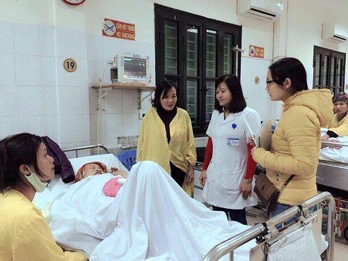 Bệnh viện Việt Đức tiếp nhận 714 ca cấp cứu trong dịp Tết Nguyên đán 2017 - Ảnh 1