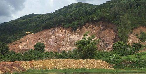 Bắc Giang: Ngang nhiên khai thác khoáng sản trái phép không bị 'tuýt còi'? - Ảnh 3