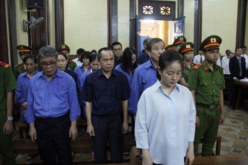 """Mối """"oan nghiệt"""" giữa công ty Phương Trang và Hứa Thị Phấn - Ảnh 1"""