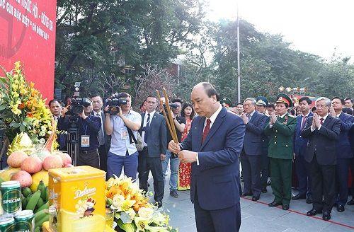 Thủ tướng dự Lễ hội 230 năm chiến thắng Ngọc Hồi - Đống Đa - Ảnh 1