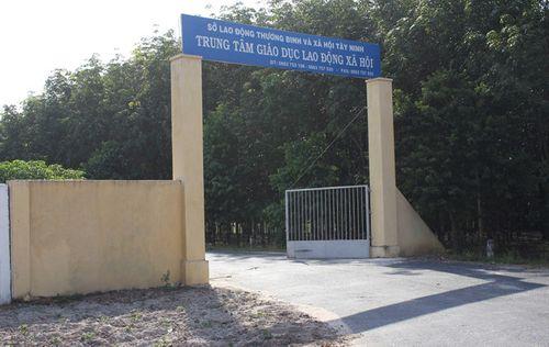Học viên tấn công cán bộ, trốn trại cai nghiện tại Tây Ninh - Ảnh 1