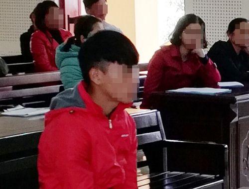 """6 năm tù cho nam sinh lớp 10 làm """"chuyện người lớn"""" với bé gái - Ảnh 1"""