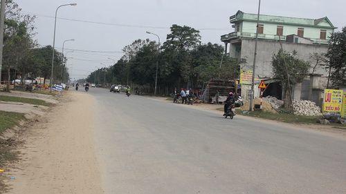 Hà Tĩnh: Cán bộ huyện bị hành hung trên đường về nhà - Ảnh 1