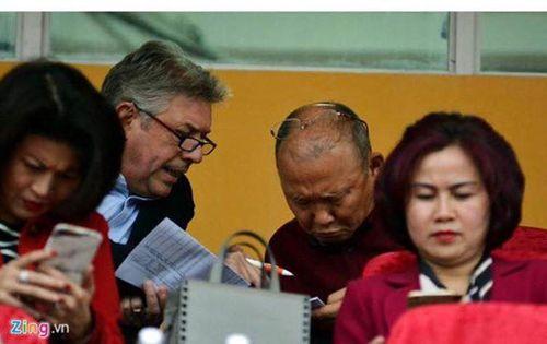 HLV Park Hang Seo: GĐKT Gede là người quan tâm đến sự phát triển của bóng đá Việt Nam - Ảnh 1