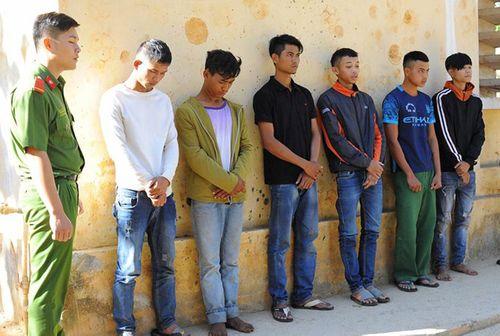 Đuổi đánh công an xã, 6 thanh niên bị bắt giữ - Ảnh 1