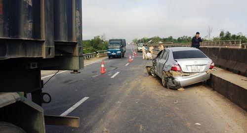 Tin tai nạn giao thông mới nhất ngày 9/1/2018 - Ảnh 2