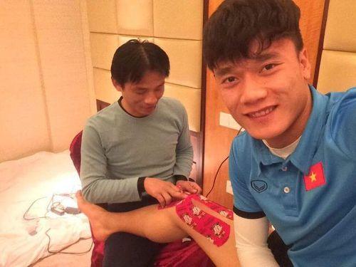 """Tiết lộ """"người hùng thầm lặng"""" của U23 Việt Nam - Ảnh 1"""