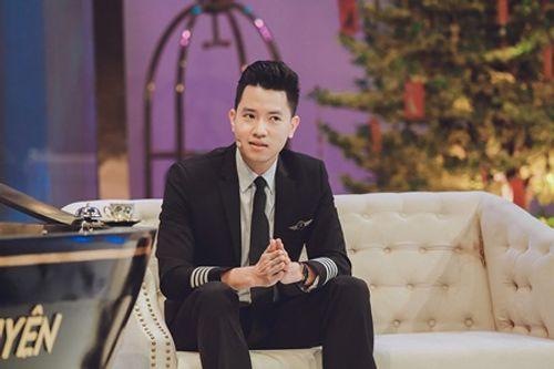 Trấn Thành hào hứng hội ngộ cùng cơ trưởng trẻ nhất Việt Nam Nguyễn Quang Đạt - Ảnh 3